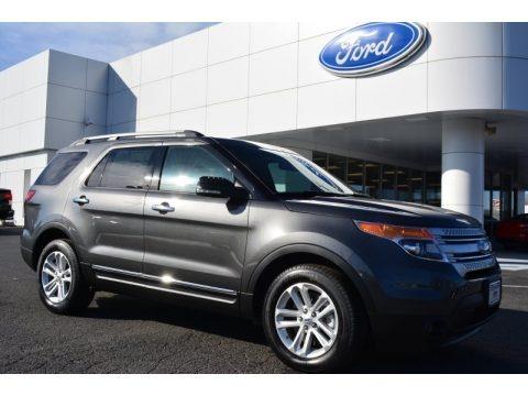 Magnetic 2015 Ford Explorer XLT
