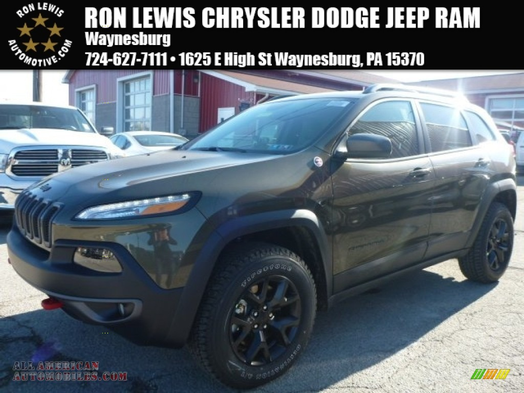 2015 Jeep Cherokee Trailhawk 4x4 in ECO Green Pearl - 575755 | All