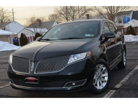 Tuxedo Black 2013 Lincoln MKT Town Car Livery AWD