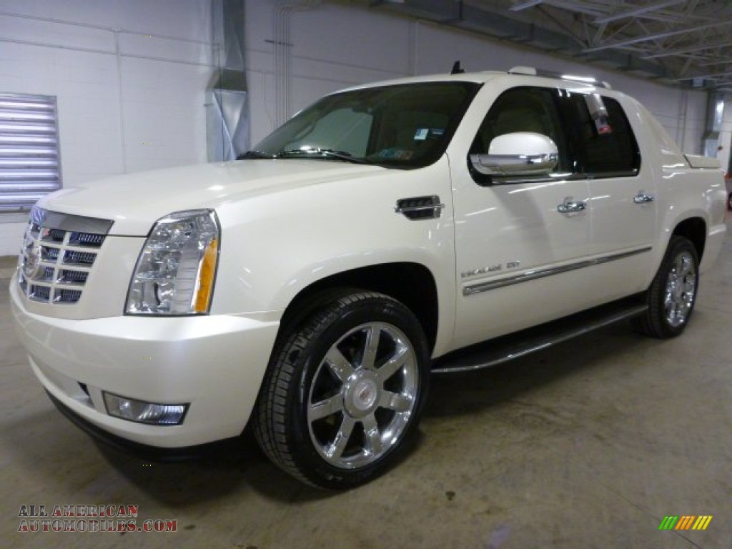 2012 cadillac escalade ext luxury awd in white diamond. Black Bedroom Furniture Sets. Home Design Ideas