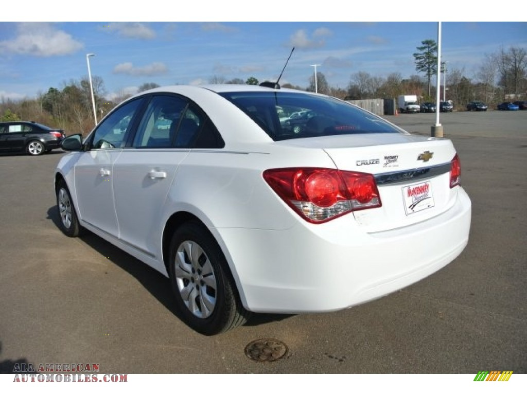 2015 chevrolet cruze ls in summit white photo 4 160895. Black Bedroom Furniture Sets. Home Design Ideas