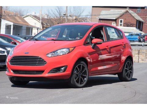 Race Red 2015 Ford Fiesta SE Hatchback