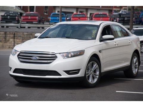 White Platinum Metallic 2015 Ford Taurus SEL