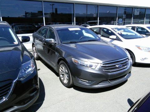 Magnetic Metallic 2015 Ford Taurus Limited