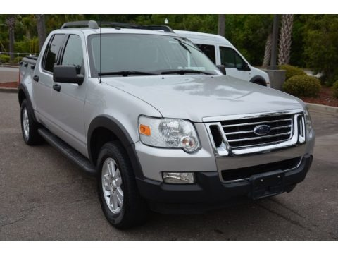 Brilliant Silver Metallic 2010 Ford Explorer Sport Trac XLT