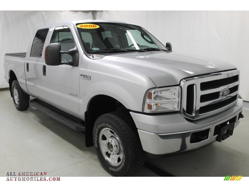 2006 ford f250 super duty xlt crew cab 4x4 in silver. Black Bedroom Furniture Sets. Home Design Ideas