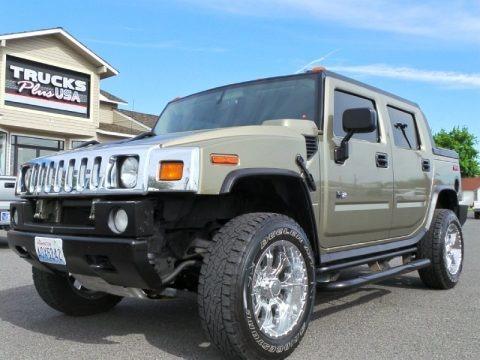 Desert Sand Metallic 2005 Hummer H2 SUT