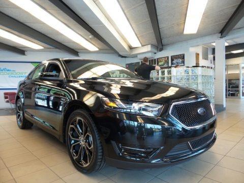 Tuxedo Black Metallic 2015 Ford Taurus SHO AWD