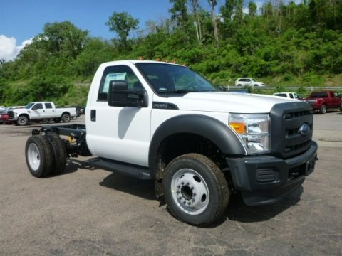 Oxford White 2016 Ford F450 Super Duty XL Regular Cab Chassis