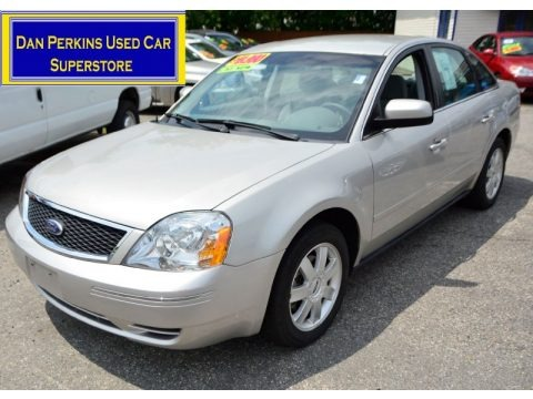 Silver Birch Metallic 2006 Ford Five Hundred SE AWD