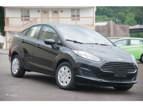 Tuxedo Black Metallic 2015 Ford Fiesta S Sedan