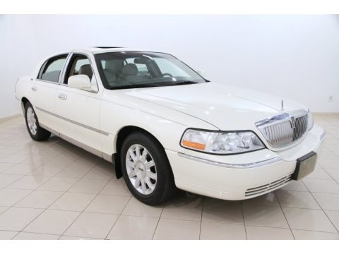 White Chocolate Tri-Coat 2007 Lincoln Town Car Signature Limited