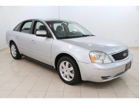 Silver Frost Metallic 2005 Ford Five Hundred SE