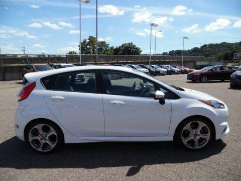 Oxford White 2015 Ford Fiesta ST Hatchback