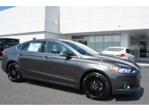 Magnetic Metallic 2016 Ford Fusion SE