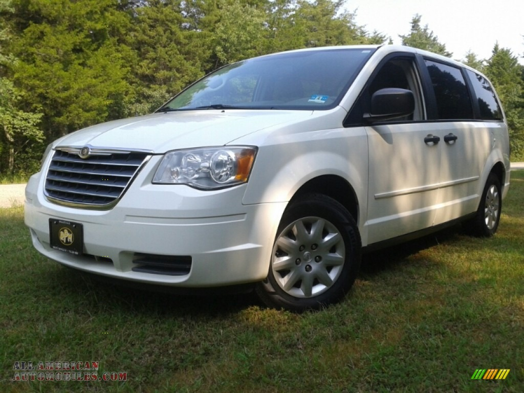 2008 chrysler town country lx in stone white 652797 all american automobiles buy. Black Bedroom Furniture Sets. Home Design Ideas