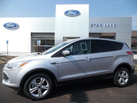 Ingot Silver Metallic 2016 Ford Escape SE 4WD