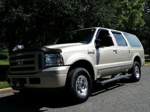 Pueblo Gold Metallic 2005 Ford Excursion Limited 4X4