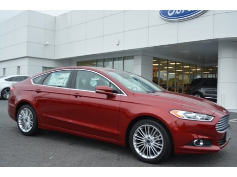 Ruby Red Metallic 2016 Ford Fusion SE