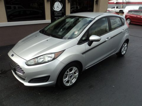 Ingot Silver 2014 Ford Fiesta SE Hatchback