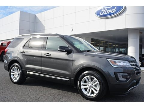 Magnetic Metallic 2016 Ford Explorer XLT