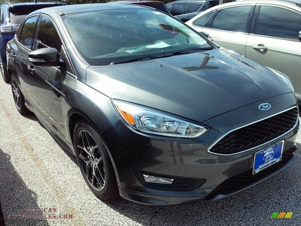 2016 ford focus se sedan in magnetic 212281 all american automobiles buy american cars for. Black Bedroom Furniture Sets. Home Design Ideas