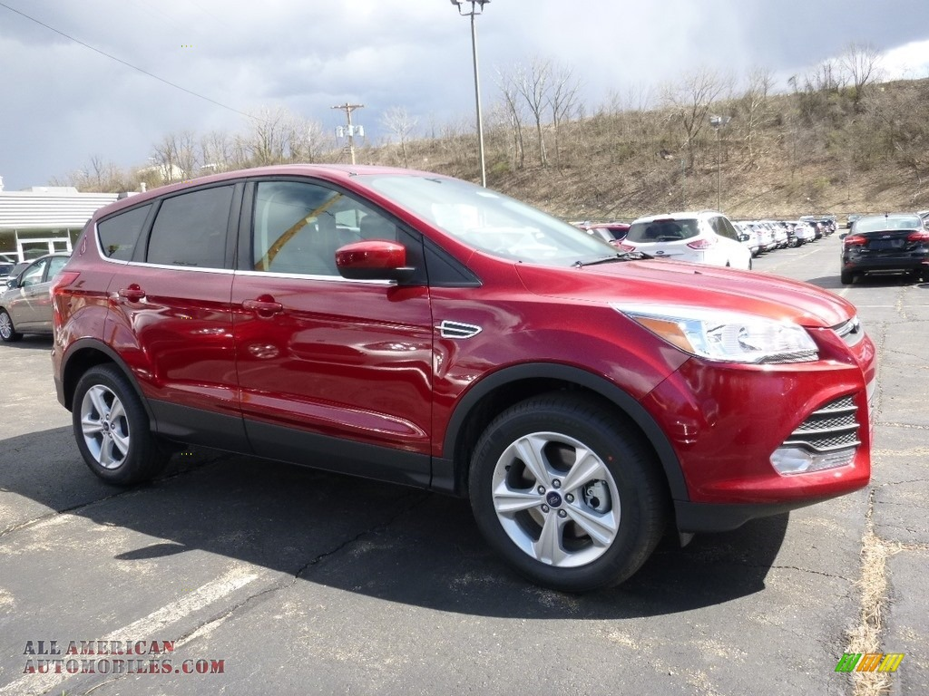 2016 ford escape se 4wd in ruby red metallic c07996. Black Bedroom Furniture Sets. Home Design Ideas