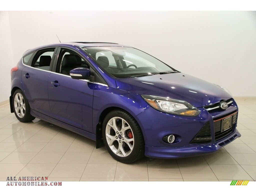 2014 ford focus titanium hatchback in performance blue 181622 all american automobiles buy. Black Bedroom Furniture Sets. Home Design Ideas