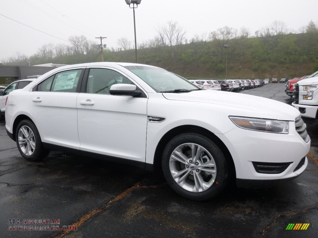 2016 ford taurus sel in oxford white 118642 all american automobiles buy american cars for. Black Bedroom Furniture Sets. Home Design Ideas