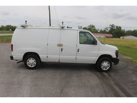 Oxford White 2009 Ford E Series Van E150 Commercial