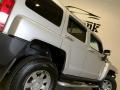 Hummer H3  Boulder Gray Metallic photo #21