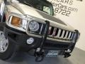 Hummer H3  Boulder Gray Metallic photo #26