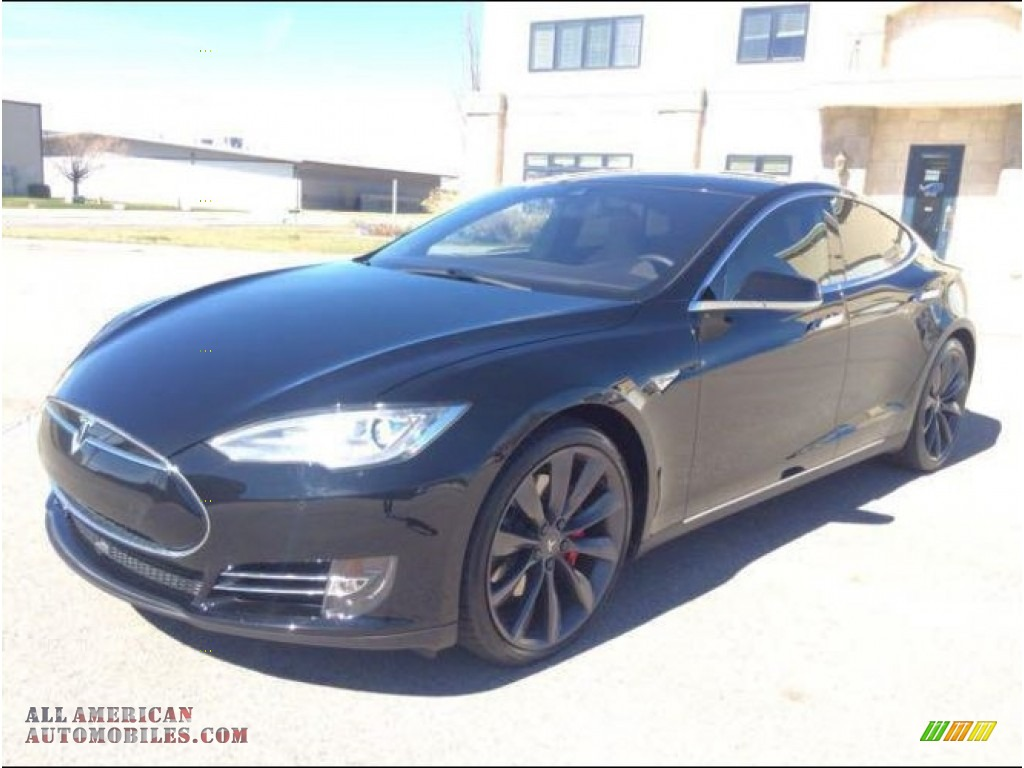 Solid Black / Grey Tesla Model S P85D Performance