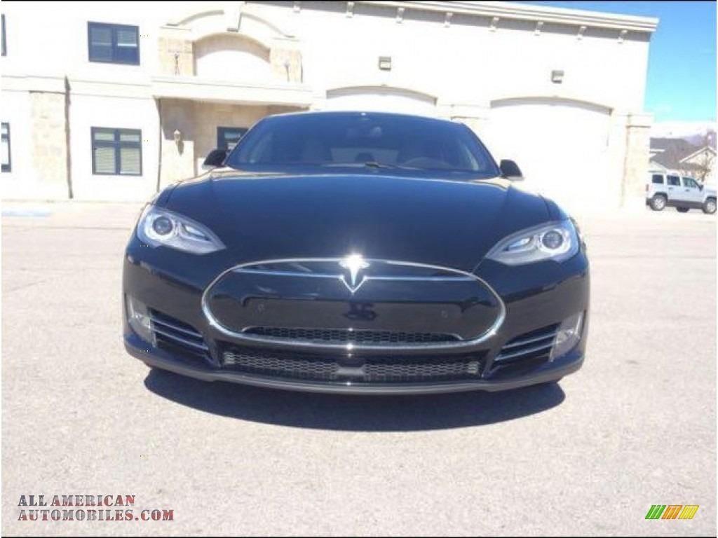 2015 Model S P85D Performance - Solid Black / Grey photo #2