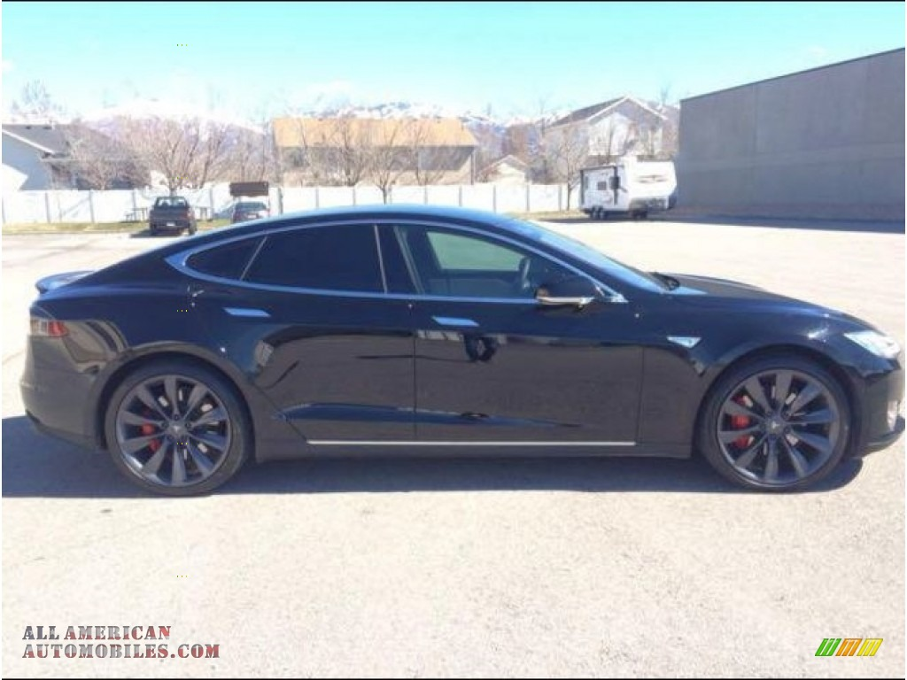 2015 Model S P85D Performance - Solid Black / Grey photo #3