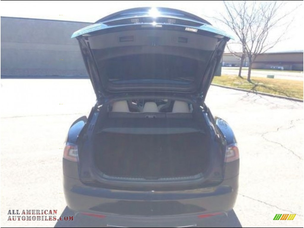 2015 Model S P85D Performance - Solid Black / Grey photo #4