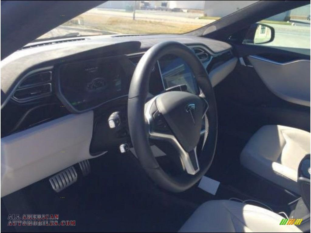 2015 Model S P85D Performance - Solid Black / Grey photo #6