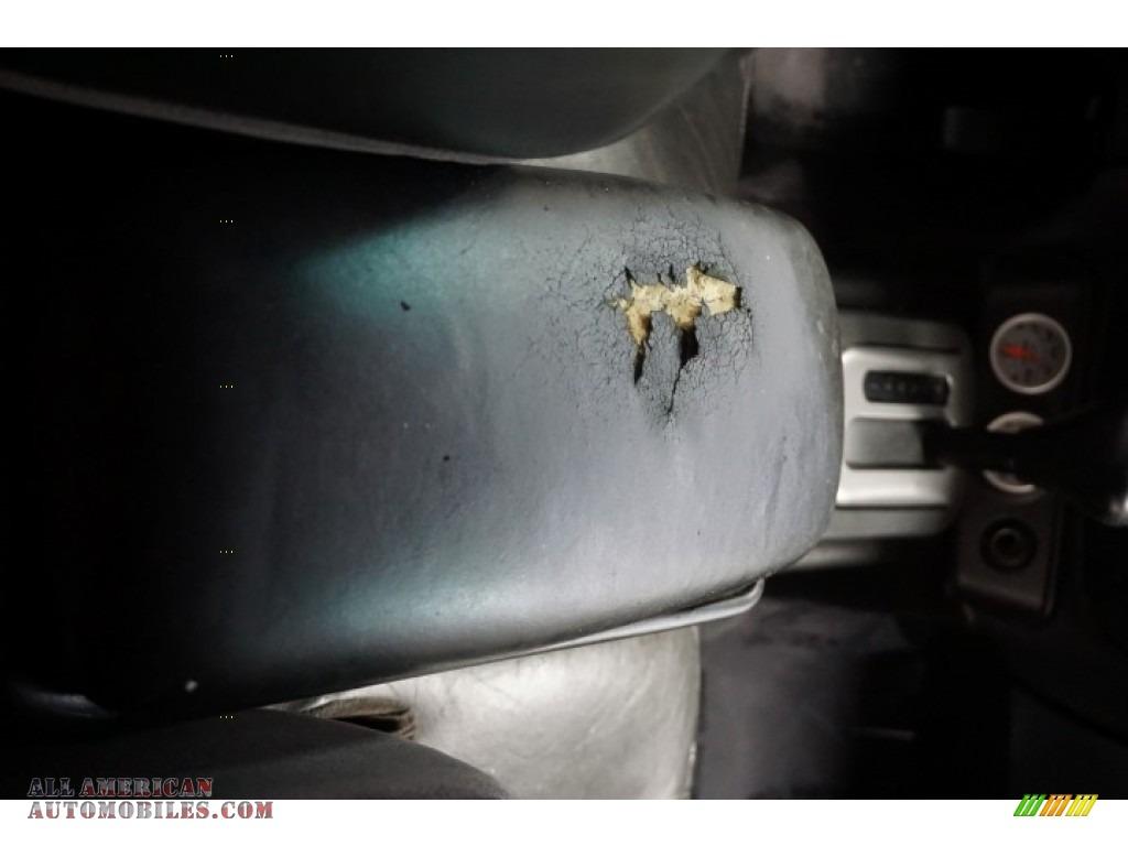 2003 Marauder  - Black / Dark Charcoal photo #28