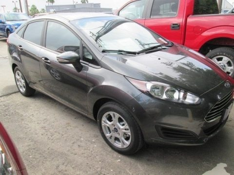 Magnetic Metallic 2015 Ford Fiesta SE Sedan