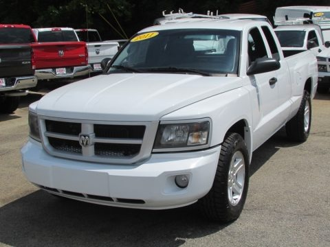 Bright White 2011 Dodge Dakota Big Horn Extended Cab
