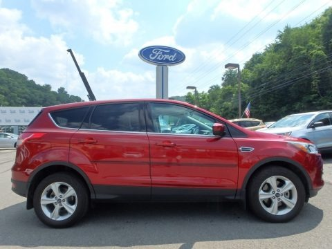 Ruby Red Metallic 2015 Ford Escape SE 4WD