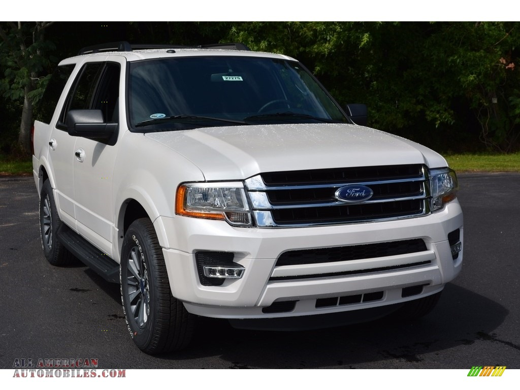2017 ford expedition xlt in white platinum photo 27. Black Bedroom Furniture Sets. Home Design Ideas