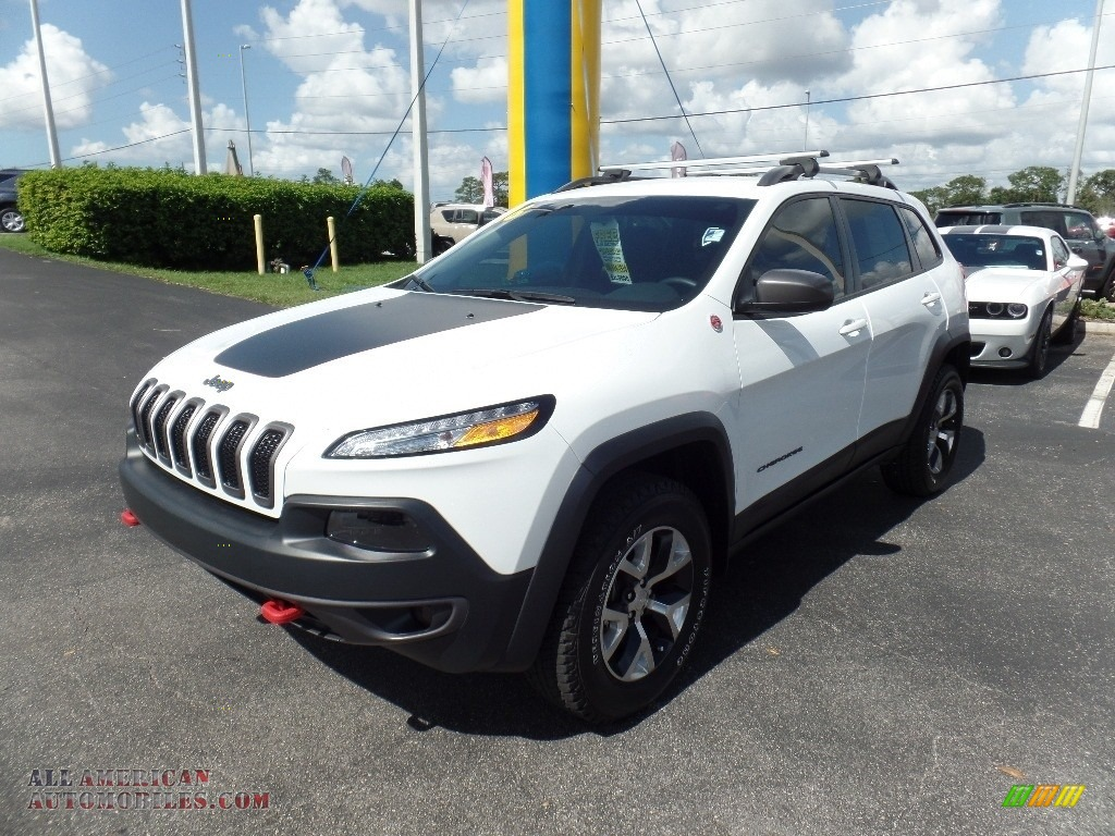 2016 jeep cherokee trailhawk 4x4 in bright white photo 22 154203 all american automobiles. Black Bedroom Furniture Sets. Home Design Ideas