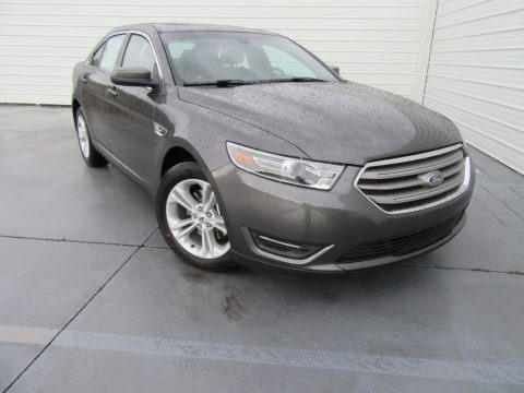 Magnetic 2016 Ford Taurus SEL