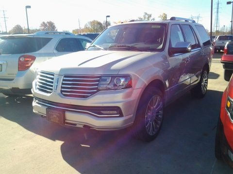 Palladium White Gold 2017 Lincoln Navigator Select 4x4