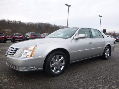 Light Platinum 2007 Cadillac DTS Luxury