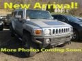 Hummer H3  Boulder Gray Metallic photo #1