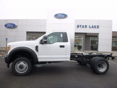 Oxford White 2017 Ford F450 Super Duty XL Regular Cab 4x4 Chassis