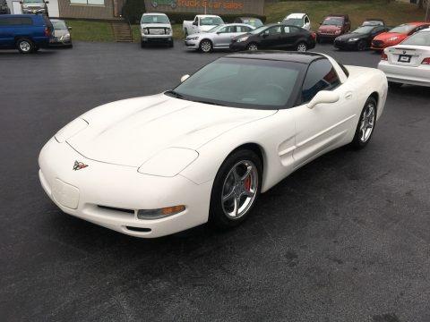 Speedway White 2002 Chevrolet Corvette Coupe