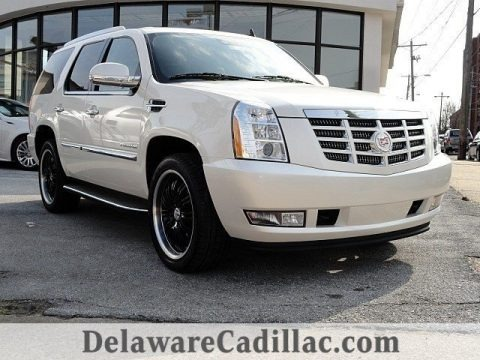 White Diamond Tricoat 2011 Cadillac Escalade Luxury